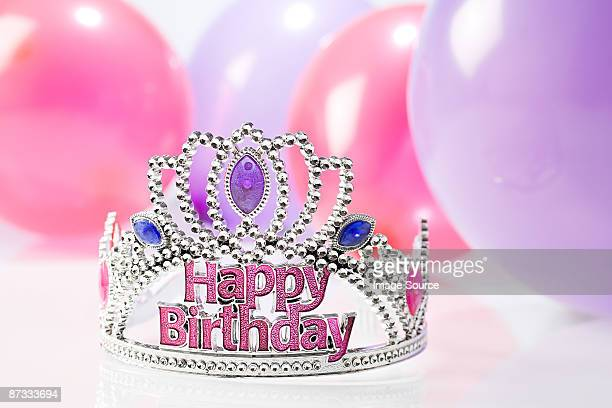 happy birthday crown and balloons - happybirthdaycrown stock pictures, royalty-free photos & images