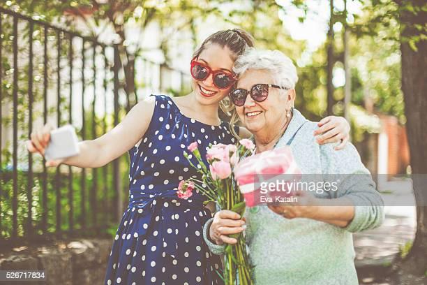 Herzlichen Glückwunsch, Oma!