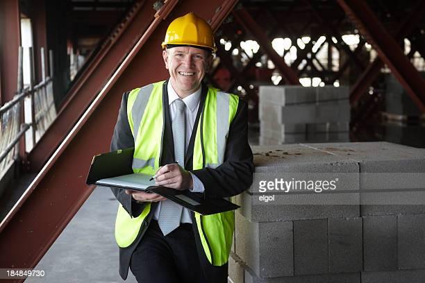 Happy Gebäude executive auf Baustelle