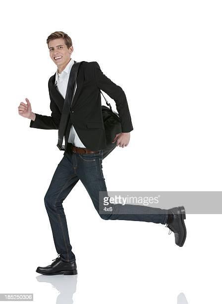 Glücklich Geschäftsmann läuft