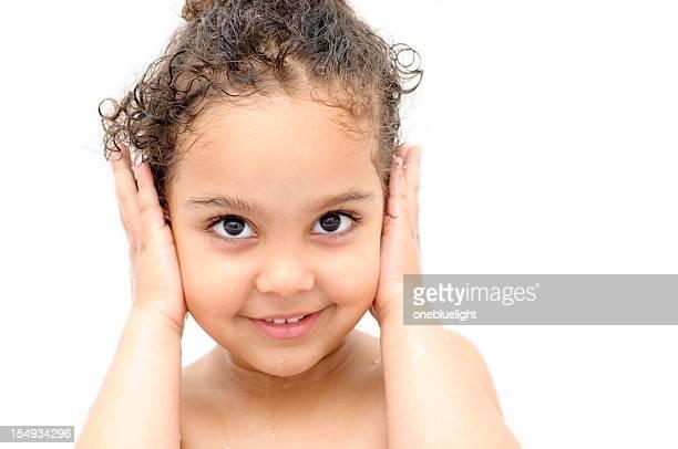 happy child ( 4-5) with hands over her ears - naakte meisjes stockfoto's en -beelden
