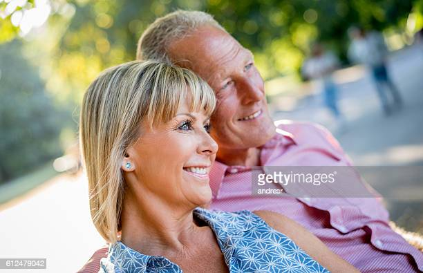 Glücklichen Paar genießen ihren Ruhestand