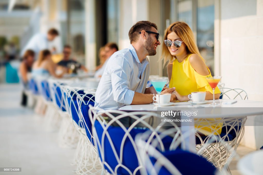 Glückliches Paar im Café : Stock-Foto