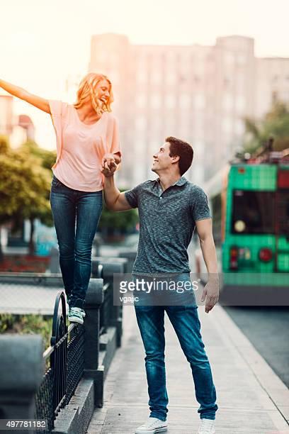 Glückliches Paar In der Stadt.