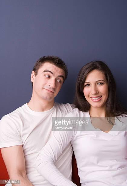 Casal feliz série Goofy sorriso