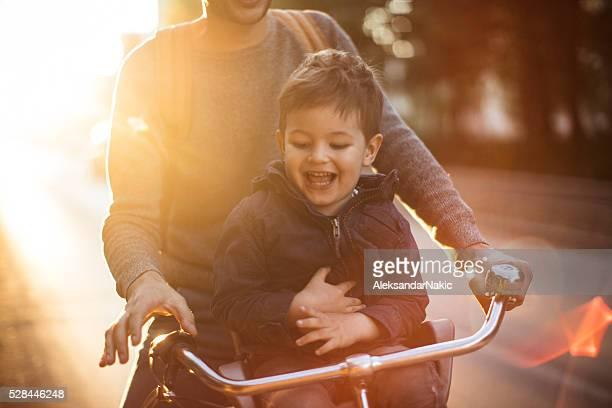 Heureux cycliste