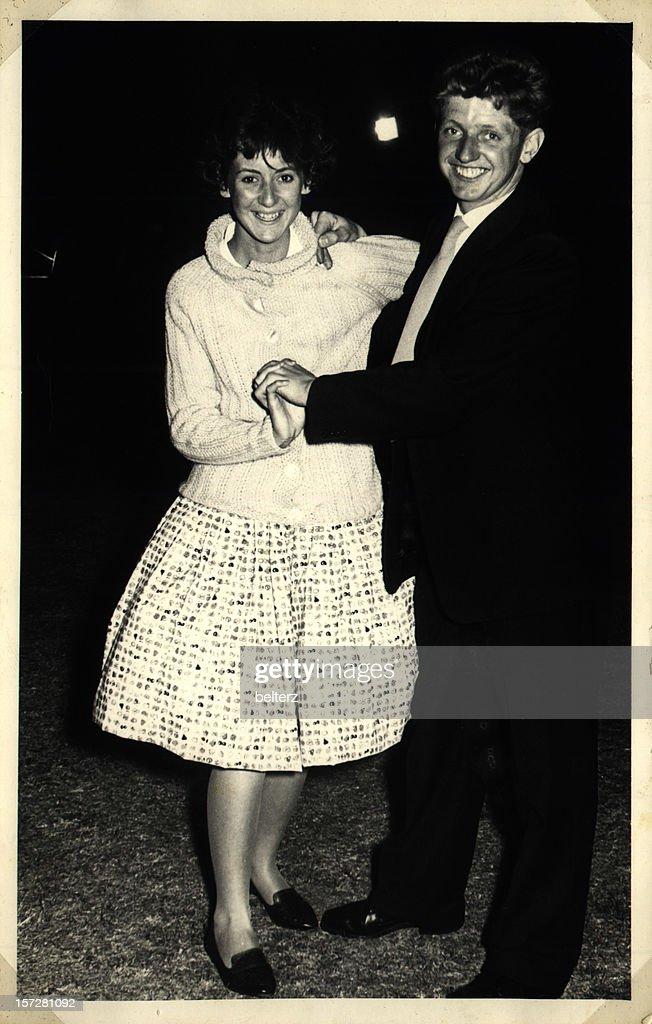 Glücklich Tanzen Paar : Stock-Foto
