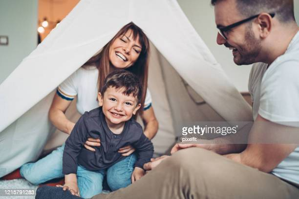 a happy day with the family - stay at home order stock pictures, royalty-free photos & images