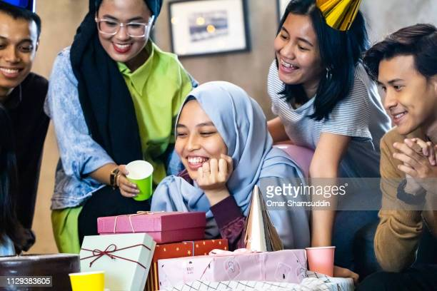 Happy faces at birthday party