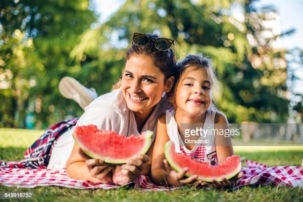 Héhé, manger le melon d'eau