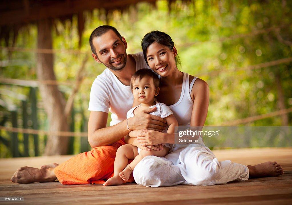 Happy Family : Bildbanksbilder