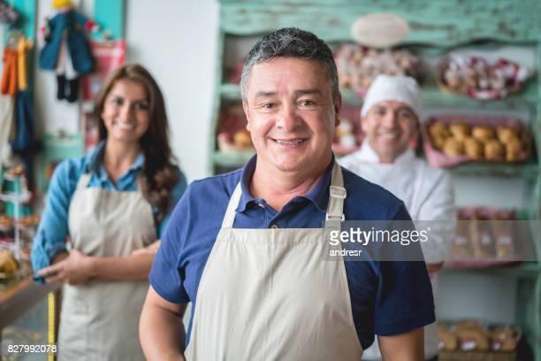 パン屋で働く人々 の幸せグループ