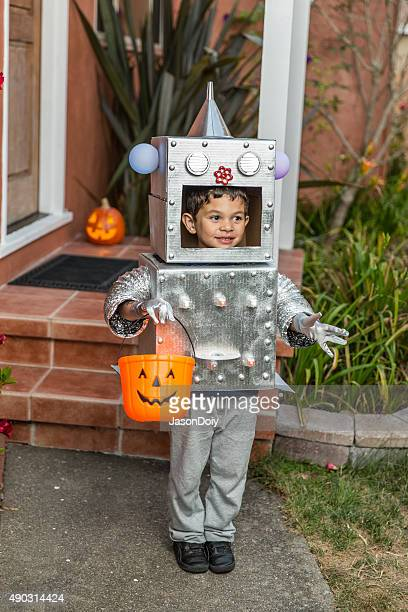 Happy Halloween: Little Boy Robot for Trick or Treating