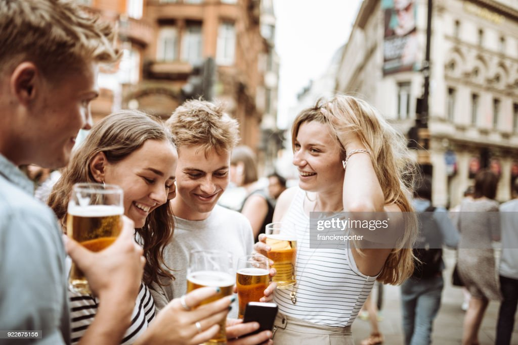 happy hour in london : Stock Photo