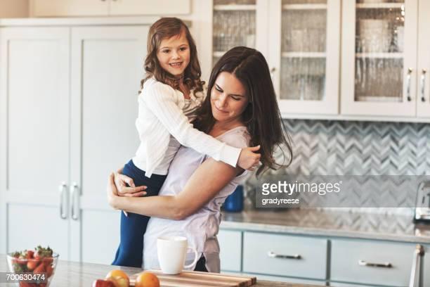 In Mamas Armen glücklich