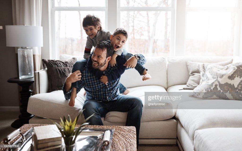 Glückliche Kinder = glückliche Familie : Stock-Foto