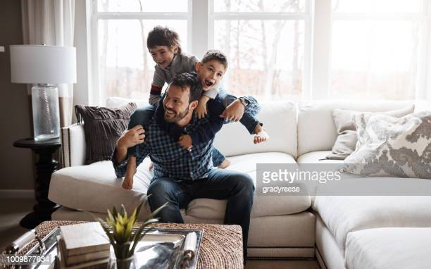 happy kids = happy family - at home imagens e fotografias de stock