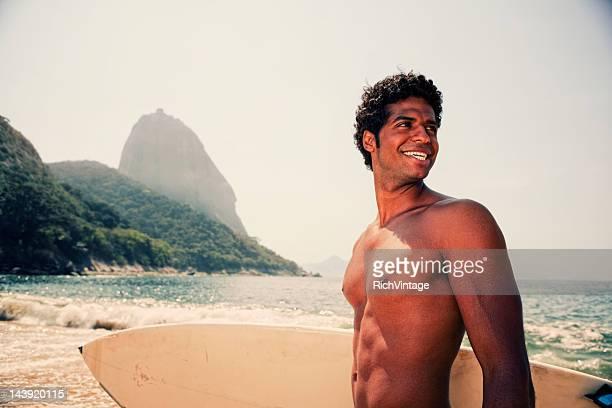 Surfista feliz Masculino
