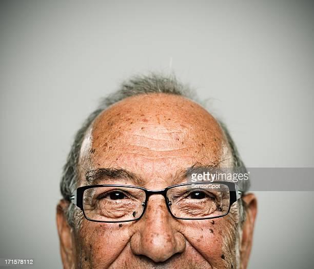 felice uomo - 65 69 anni foto e immagini stock