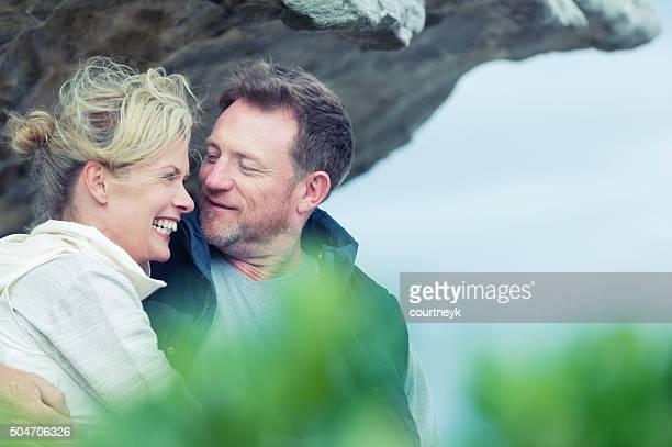Gerne Älteres Paar am Strand.