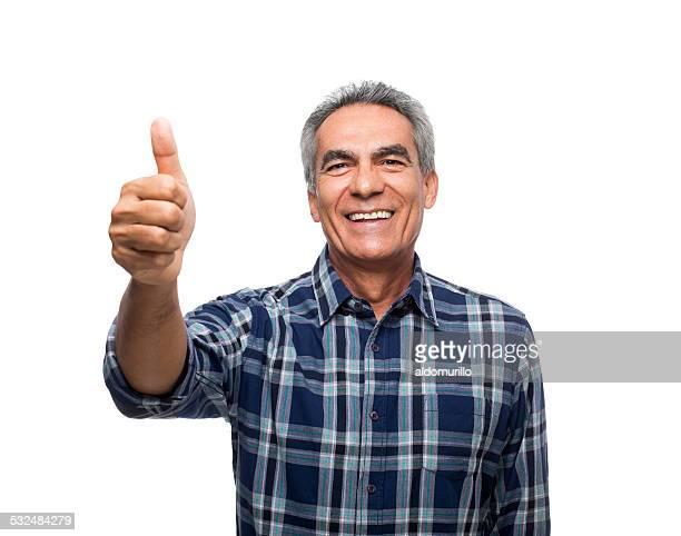 feliz homem maduro mostrando os polegares para cima - só um homem maduro - fotografias e filmes do acervo
