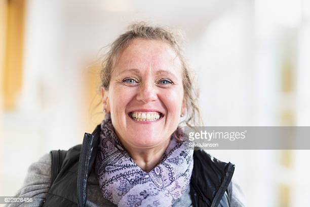 happy mature woman portrait - 50 59 years stock pictures, royalty-free photos & images