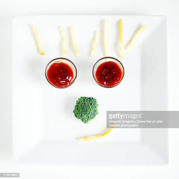 happy meal... - gregoria gregoriou crowe fine art and creative photography. fotografías e imágenes de stock