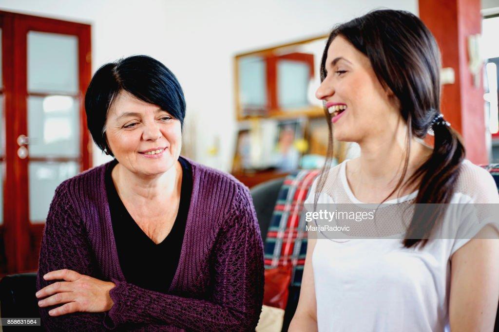 Glückliche Mutter und Tochter portrait : Stock-Foto