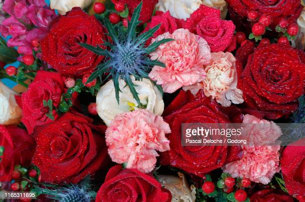happy mother's day. flowers.  ho chi minh city. vietnam. - bunch stock pictures, royalty-free photos & images