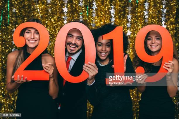 joyeux nouvel année - 2019 photos et images de collection