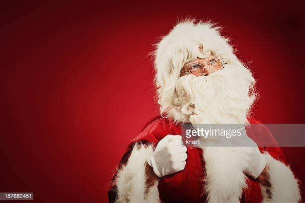 Feliz Pai Natal isolado no vermelho