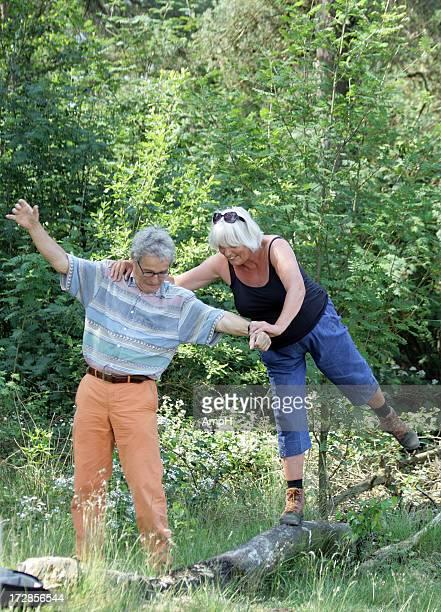 Glücklich altes Paar Spaß im Freien