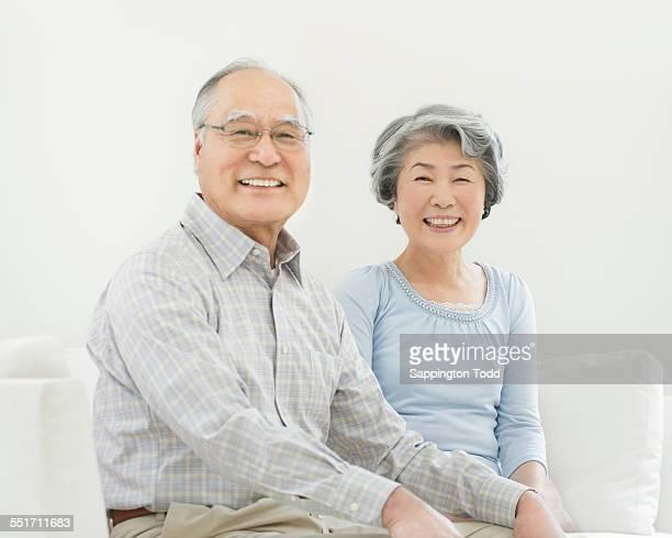 happy senior couple - 60代 ストックフォトと画像