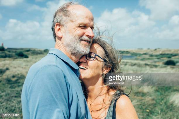 happy senior couple - 50 59 years stock pictures, royalty-free photos & images