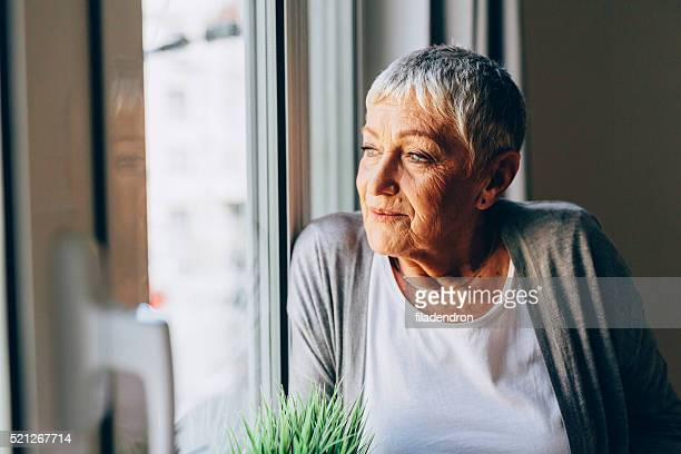 Glückliche senior Frau