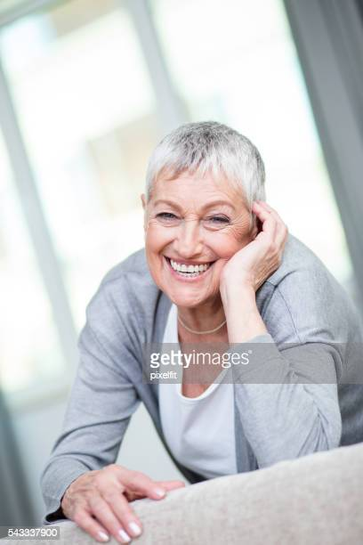 Feliz Mulher Idosa