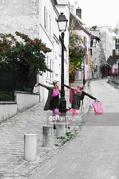 Happy shopping girls!