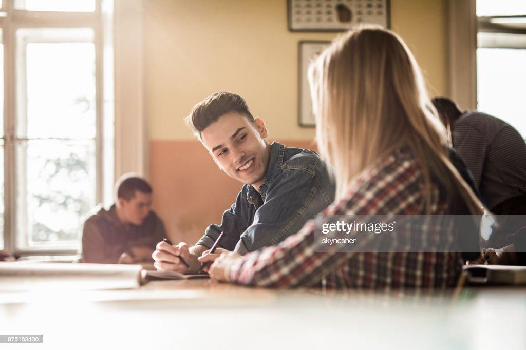 Dating rond in College African American matchmaking diensten