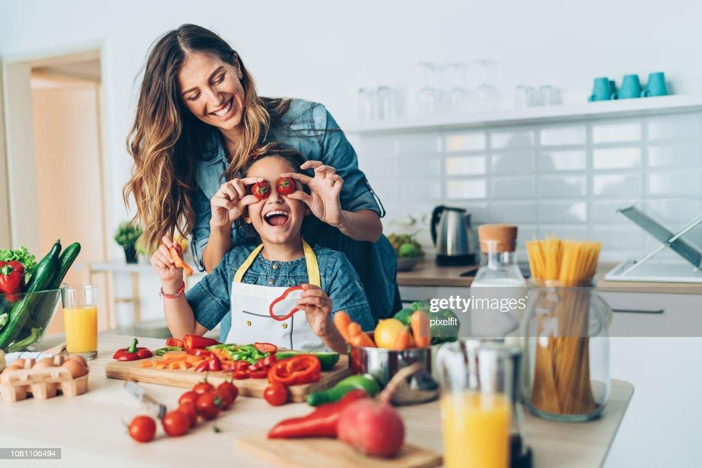 Heureux temps dans la cuisine : Photo