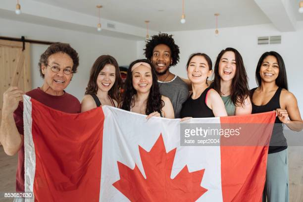 happy to be in canada - emigration and immigration stock pictures, royalty-free photos & images