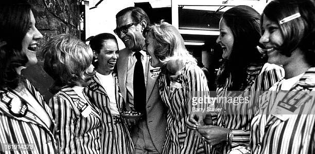 AUG 29 1972 AUG 31 1972 Happy to be in the Race Again US Rep Don Brotzman Colorado Republican embraces campaign workers Mrs Julie Gibson 9270 W...