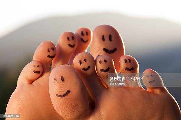 happy toes - foot stock pictures, royalty-free photos & images