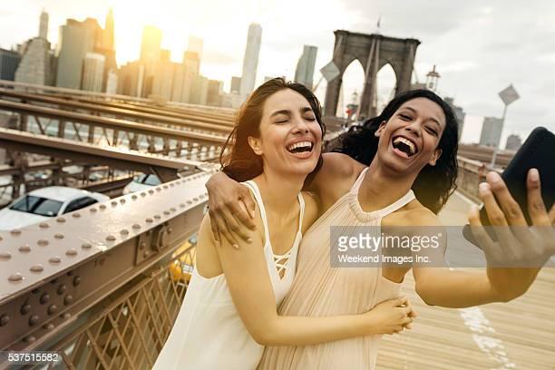 Glückliche Touristen in New York City