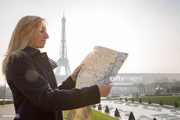 ハッピーな観光リーティングマップパリ-エッフェル塔