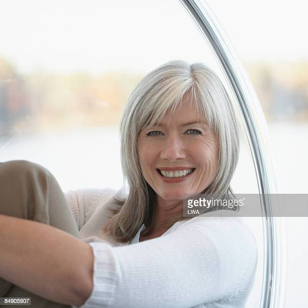happy woman - mid length hair stock pictures, royalty-free photos & images