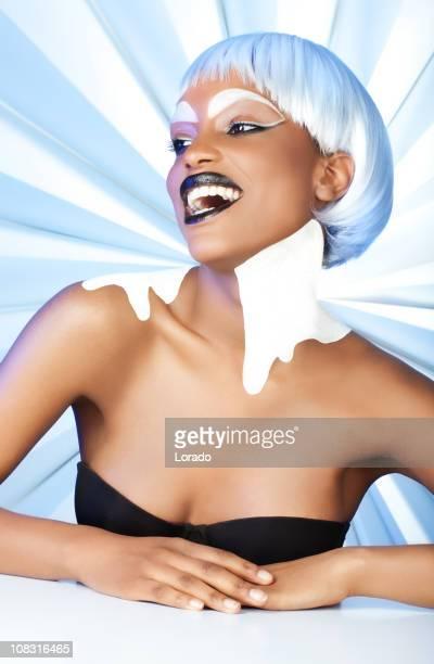 glückliche frau mit weißem make-up für besondere hintergrund - menschliches körperteil stock-fotos und bilder