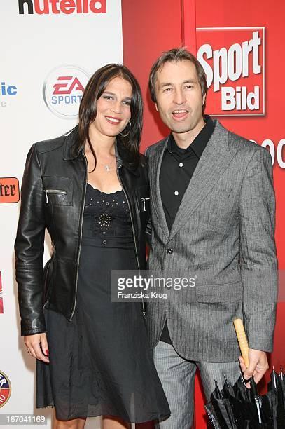 Harald Frentzen Und Ehefrau Tanja Bei Der Verleihung Des Sport Bild Award 2006 Im Indochine In Hamburg