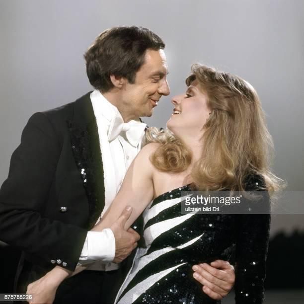 Harald Juhnke mit Heidi Brühl TVProduktion Ein Clown ging über den Broadway Cole Porter Show