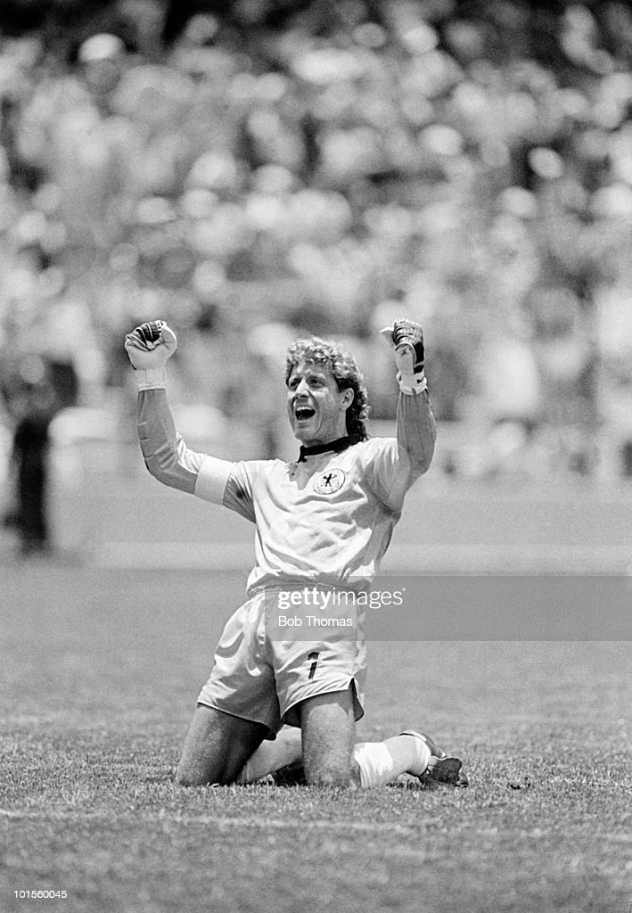 Harald Schumacher of West Germany in action against Scotland during their World Cup Finals match held at the Estadio La Corregidora in Queretaro, Mexico on 8th June 1986. West Germany beat Scotland 2-1. (Bob Thomas/Getty Images).