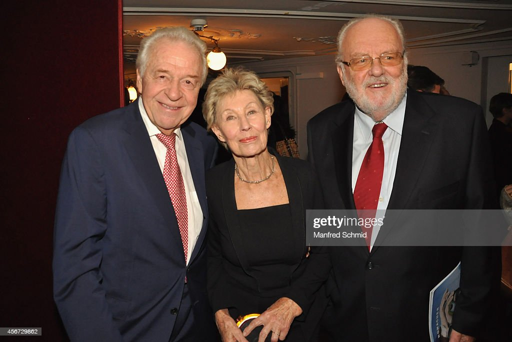 Harald Serafin (L), Lotte Ledl and Felix Dworak (R) attend the Mary Poppins musical premiere at Ronacher Theater on October 1, 2014 in Vienna, Austria.